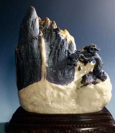 从事青田石雕创作已有二十余载